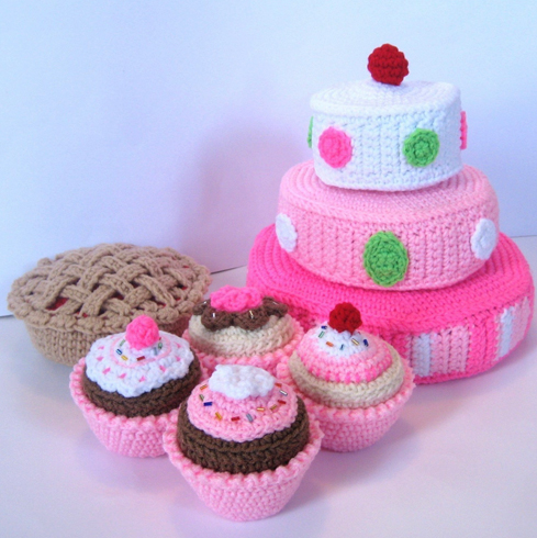 Knitting Pattern Central Food : CROCHET PLAY FOOD PATTERN FREE CROCHET PATTERNS