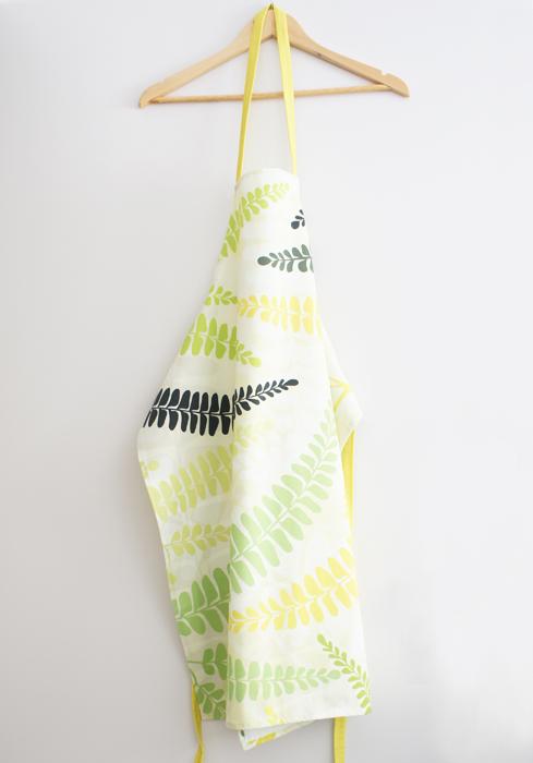 Fern-apron-by-Claudia-Owen-2