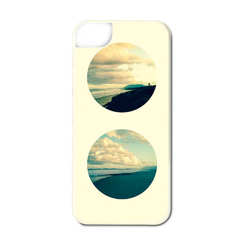 Claudia Owen for Hurunia Phone Cover 5