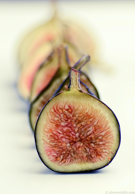 Figs A Brown Table