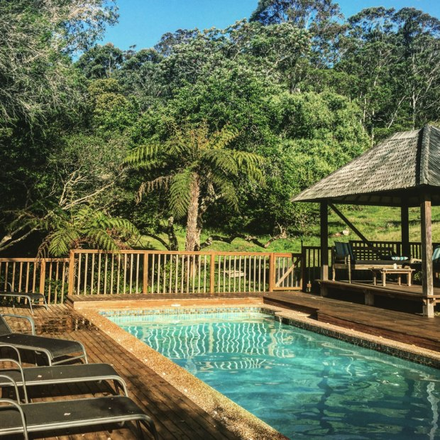Kangaroo-Valley-Swimming-Pool-by-Claudia-Owen