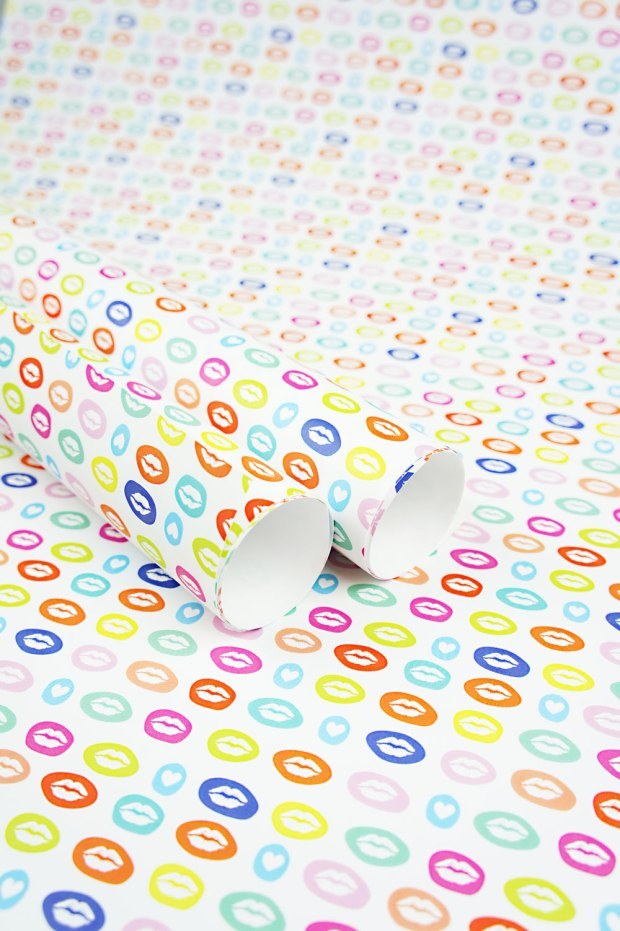 I-Love-to-Kiss-You-Wrapping-Paper-Design-for-Handmade-Shop-Canberra-by-Claudia-Owen-1