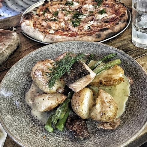 Mooloolaba Dinner at Via Italia Photography by Claudia Owen